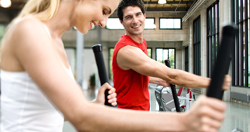 FitnessInsel Fulda – Milon Training auf dem Fahrrad Frau und Mann